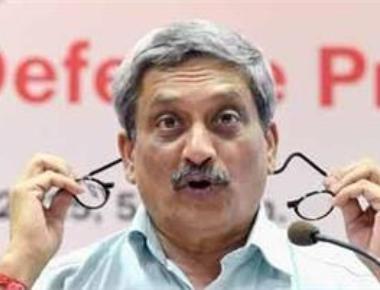 Parrikar takes oath as Goa CM; to prove majority on Thursday