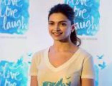 Deepika teams up with psychiatric body on mental health