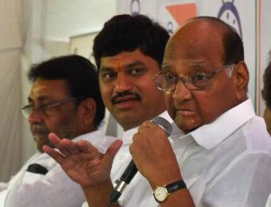 Give farmers quota based on economic status: Pawar