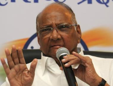 Pawar to discuss 'idea of India' with historians