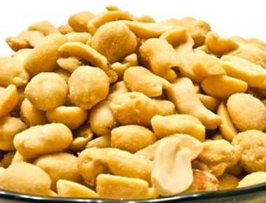 Have peanuts with meal to ward off heart diseases