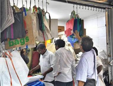 Plastic traders seek respite from ban