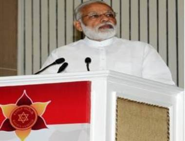 Modi takes dig at Rahul for visit to Somnath temple