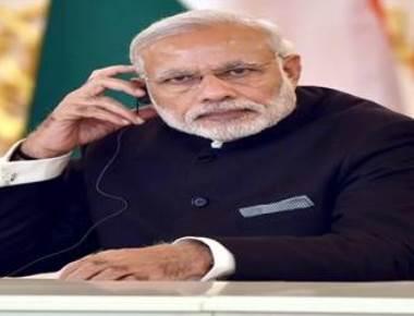 Modi tells Karnataka BJP women to flag his schemes
