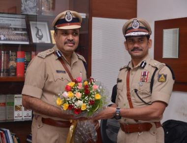 T R Suresh takes charge as Mangaluru city police chief