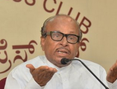 Poojary demands Tanveer Sait's resignation