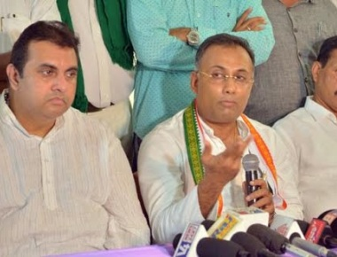 Dinesh Gundu Rao asks Poojary not to make comments on Congress