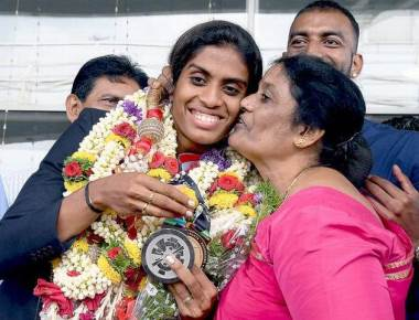 City welcomes golden girl Poovamma