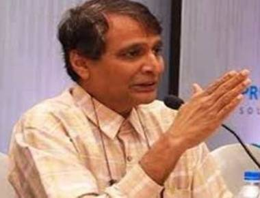 Suresh Prabhu conferred GSB Samaj Maharatna award