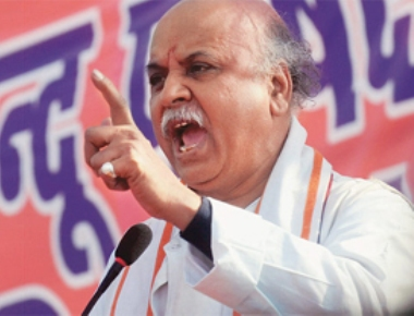 DC bans entry of Pravinbhai Togadia