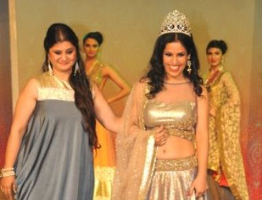 Mrs. India 2015 Priyanka Khurana Goyal walks the ramp