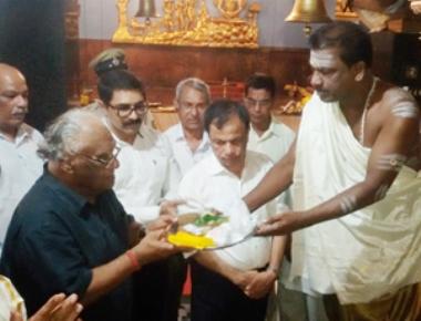 Prof CNR Rao visits Kudroli Shree Gokarnatheshwara Temple