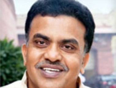 BMC Polls: Supporters of Sanjay Nirupam and Gurudas Kamat Clash