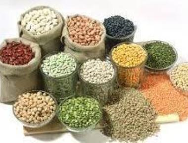 Pulses race to Rs 200/kg; Govt orders crackdown on hoarders