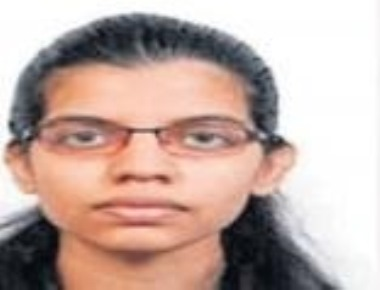 Mangaluru  girl tops COMEDK PGET in medical stream