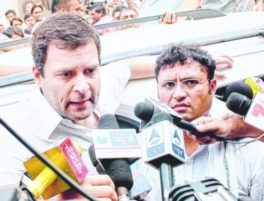 Blazing Rahul, widening split- 'Photo-op' outburst offers a clue