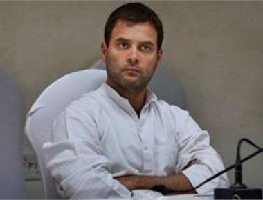Rahul holds key strategy meeting with Cong leaders