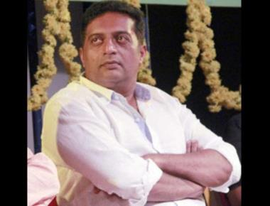 Prakash Rai wants Indians to stand as a fearless society