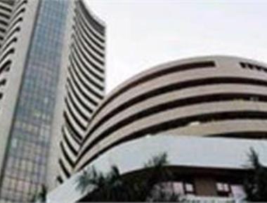 Rail budget fails to cheer market, Sensex down 82 pts