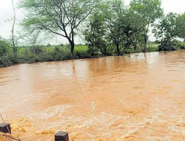 Showers continue in North K'taka; Almatti dam starts getting inflow
