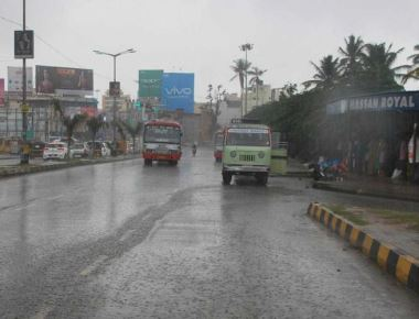 N-K, coast continue to receive pre-monsoon showers