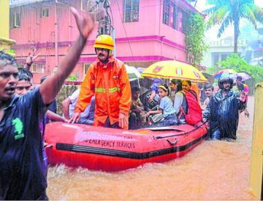 Rain floods M'luru, 4 dead; schools in DK, Udupi shut