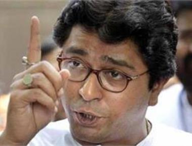 BJP govts at Centre, Maha fooling people: Raj Thackeray
