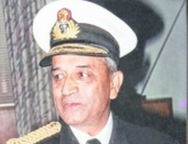 Admiral writes of 'shame' to PM