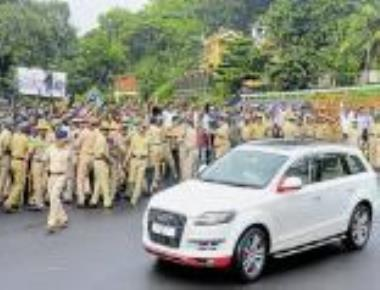 BJP workers detained for throwing eggs at Ramya's car