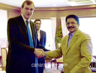 Newly appointed British High Commissioner to India Dominic Anthony Gerard Asquith today met Governor CH Vidyasagar Rao