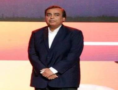RIL launches JioGigaFiber, rolls out plans for hybrid online-offline retail model