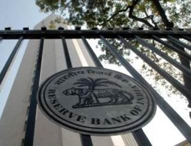 RBI holds repo rate, but changes stance to 'calibrated tightening'