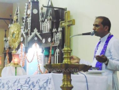 Retreat by Fr. Vijay Machado at Our lady of Rosary Church Kundapur