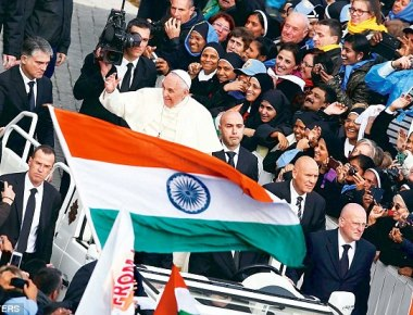 Joy as Indian priest and nun from Kerala are declared Saints by the Vatican