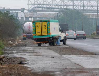 Coastal roads stink as fish-laden lorries spill out waste
