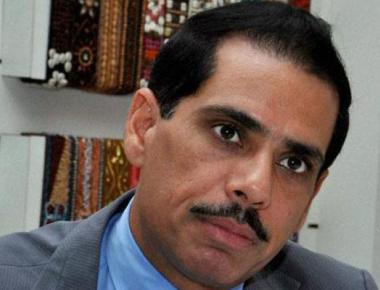 Vadra asks govt to remove him from 'no-frisking' list