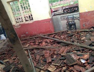Portion of roof of Ullal station collapses