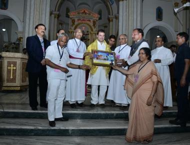 Rahul Gandhi Visits Rosario Cathedral