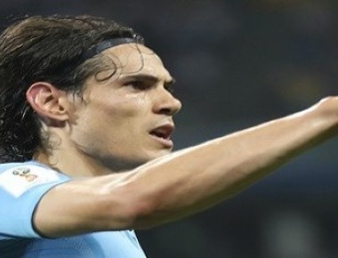 Cavani returns to practice alone after injury ahead of quarterfinal match