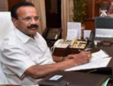 Watch row:?BJP plans legal fight against CM