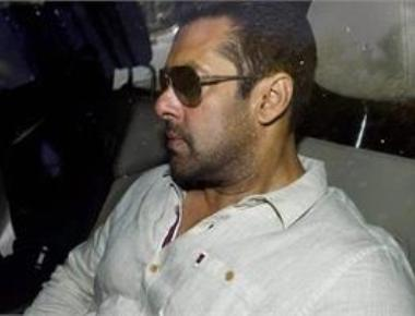 Arms case: Bollywood actor Salman Khan appears in court