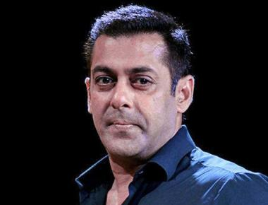 Maharashtra women's panel issues summons to Salman