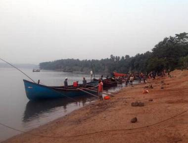 Huge clamour for easy sand, but no takers for non-CRZ sand in coast