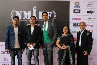 Sandip Soparrkar and Jackie Shroff honoured and awarded by Navi Mumbai International Film Festival (NMIFF)