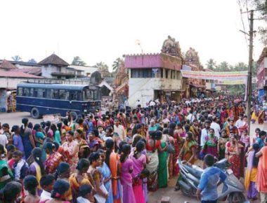 Sarees distributed to 17,000 devotees at Kateel Temple