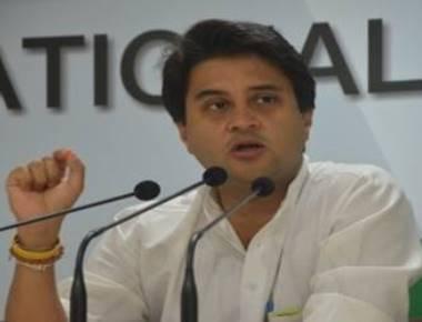 Scindia targets Modi over demonetization