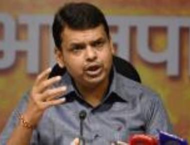 Sena threatens to pull out, Fadnavis calls it 'natak company'