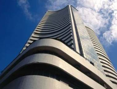 Sensex tumbles 491 pts, Nifty cracks below 7,900 at pre-clo