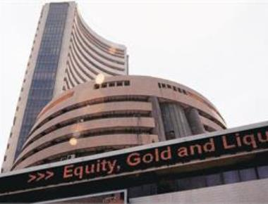 Sensex drops 195 pts, Nifty below 10,400