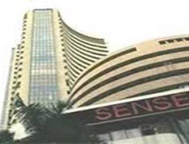 Sensex ends 321 points up; auto stocks up
